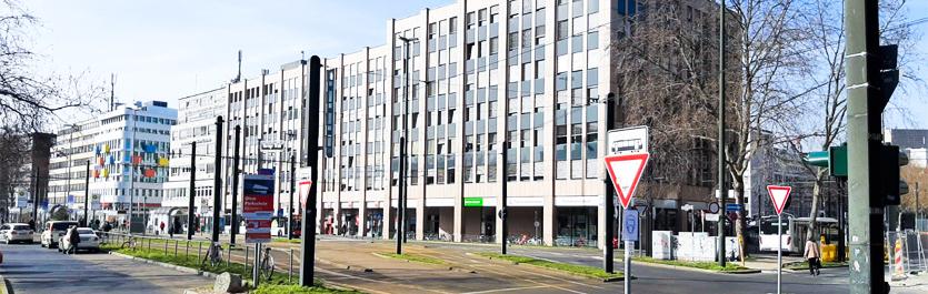 Gebäude vom COMCAVE.COLLEGE Standort Düsseldorf